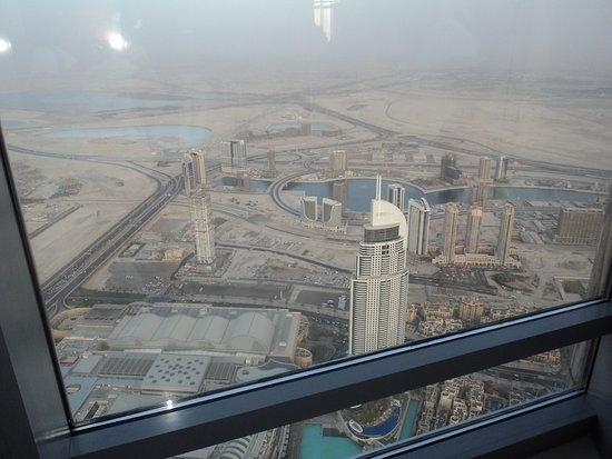 เบิร์จคาลิฟา: Вид со смотровой площадки Бурдж-Халифа