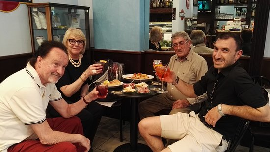 El Ca Granda: aperitivo social