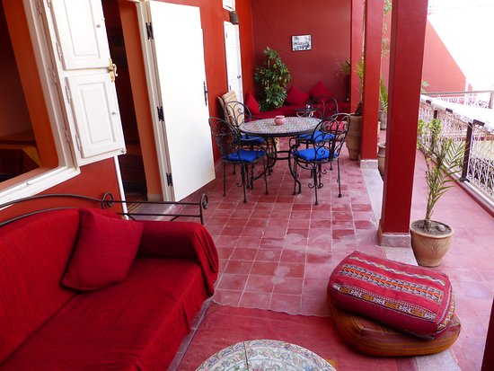 Riad Marhbabikoum: terrasse