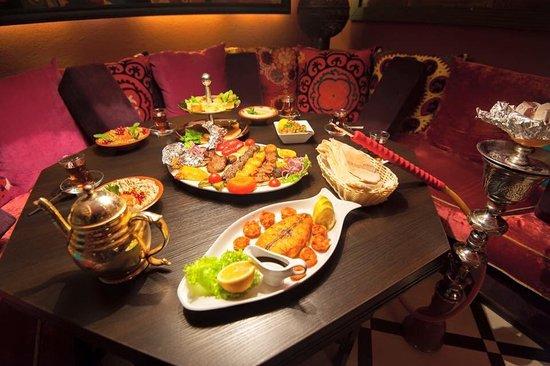 Restaurant Sultan: Enjoy our sea food platter BBQ