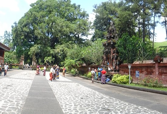 Nusadua Taxi : Tirta Empul/ Holy Spring Temple at Tampak Siring