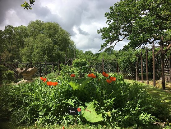 Les Jardins du Chateau de Kerambar'h