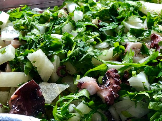 Baiuka Grill Restaurant: Salada de Polvos