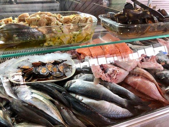 Baiuka Grill Restaurant: Montra de Peixe Fresco