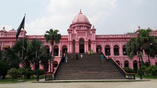 Nijhoom Tours: Only pink palace I've ever seen