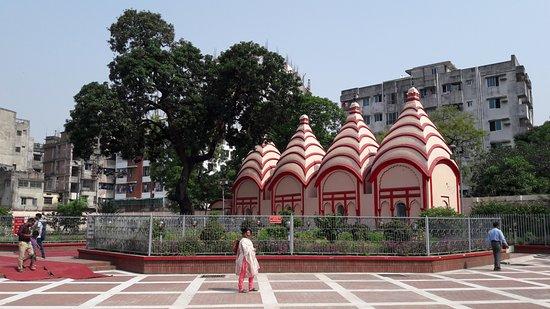 Nijhoom Tours: Hindu temple