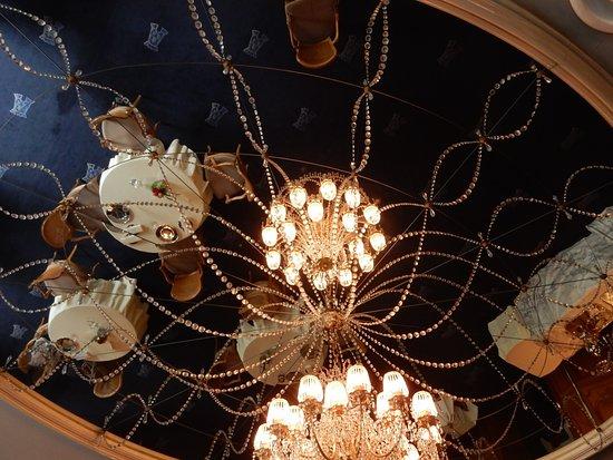 Tour d'Argent Tokyo: 天井のミラー
