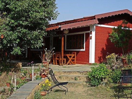 Himalayan Village Sonapani: Dining and recreational
