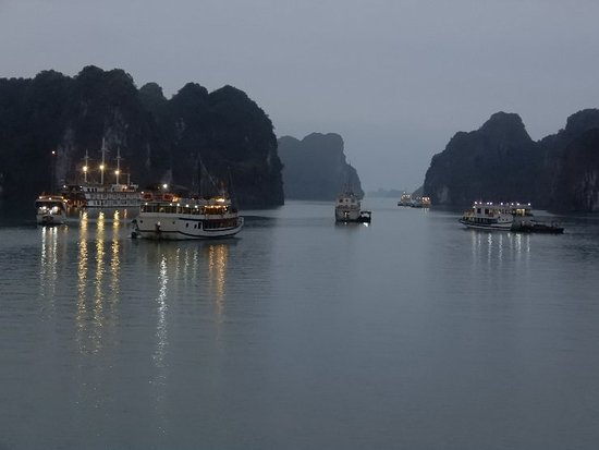 Footprint Vietnam Travel Day Tours: DSCN0261_large.jpg