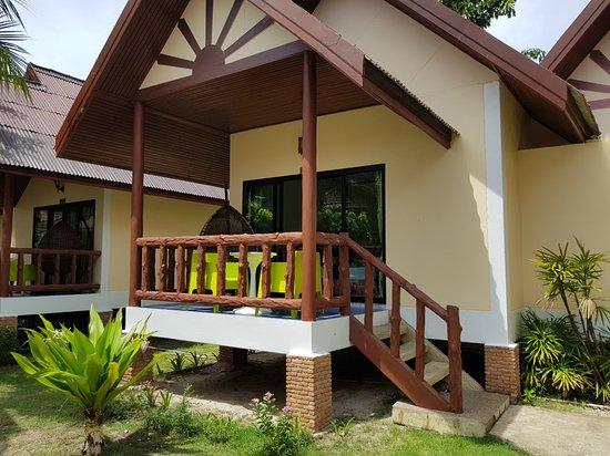 Phi Phi Villa Resort: 20180528_133553_large.jpg