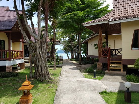 Phi Phi Villa Resort: 20180528_133602_large.jpg