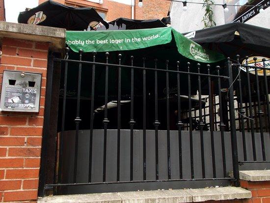 New York New York Karaoke Bar