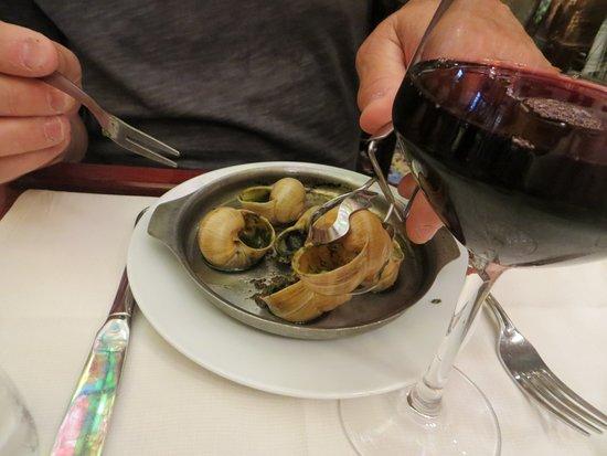 Le Grand Cafe Capucines: Snails
