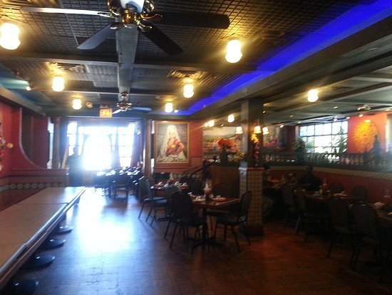 Lalo's Mexican Restaurant Schaumburg: one of the dining areas inside of Lalo's