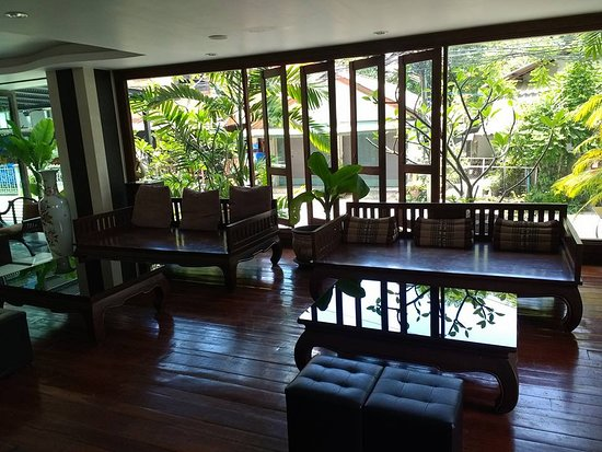 The Bliss Hotel: Part of the lobby area at the Bliss.