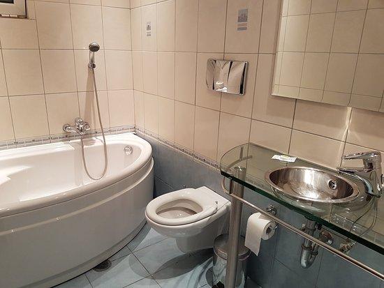 Brazil Hotel: cuarto de baño