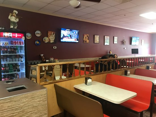 Princeton Junction, NJ: Inside Seating and TV
