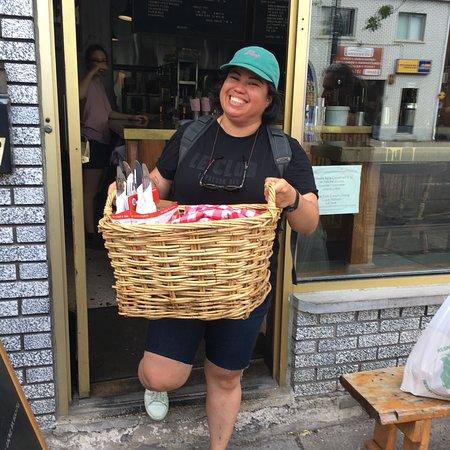 Beyond the Market Food Tour in Montreal ภาพถ่าย