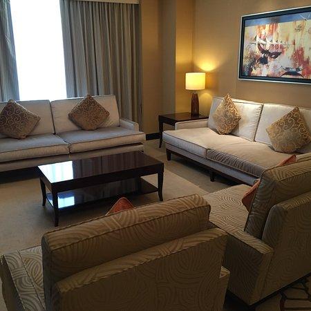 迪拜康莱德酒店照片
