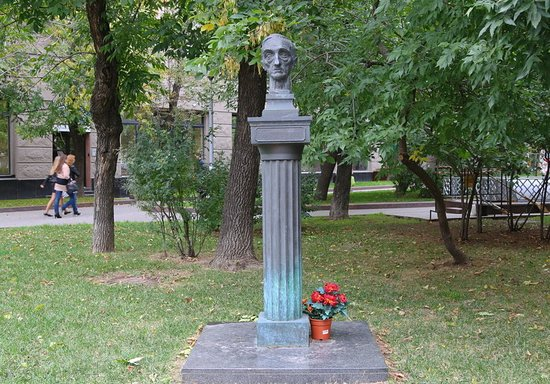 Monument to Ivan Smelyov