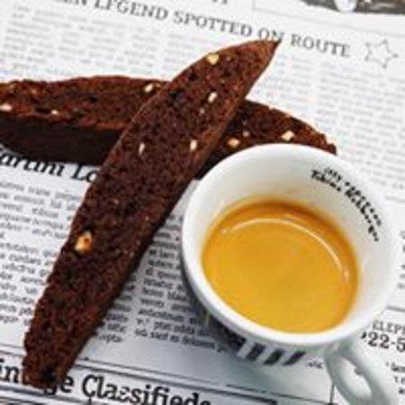Liljen Coffebar : Espresso& biscotti