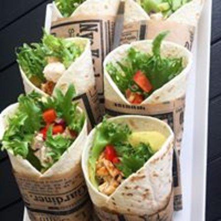 Liljen Coffebar : Chicken wrap