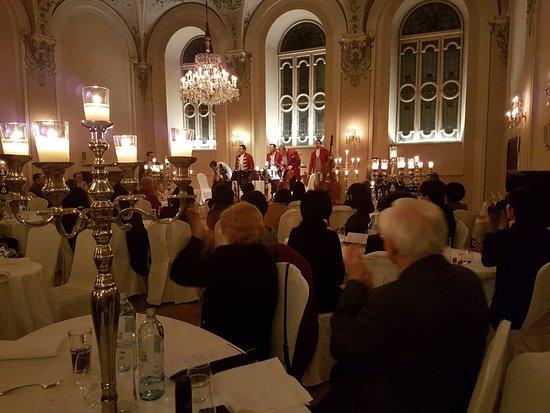 Cena y concierto de Mozart en Salzburgo: Our performers take a bow