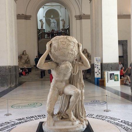 พิพิธภัณฑ์โบราณคดีแห่งชาติ ภาพถ่าย