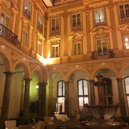 皮萨伯莎大酒店照片