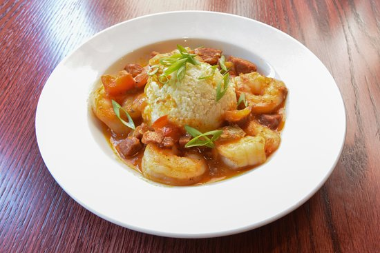 Firefly American Bistro : Low Country Shrimp and Grits