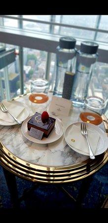 Shangri-La Hotel, At The Shard, London ภาพถ่าย