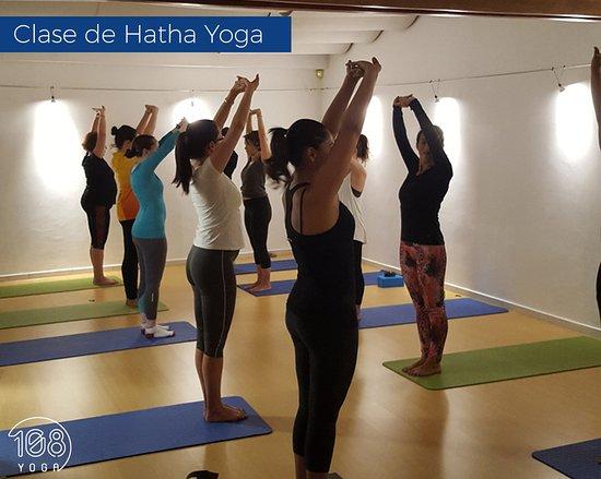 108 Yoga - La Floresta: Clase de Hatha