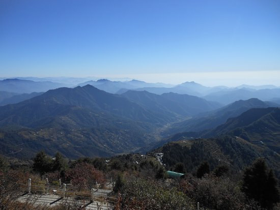 Surkanda Devi Temple: Another view of the greenery from the top ..