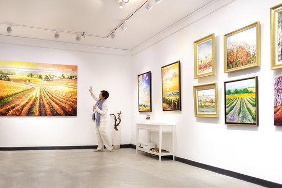 Saint-Emilion, Γαλλία: Gallery & Atelier Natasha Hawes