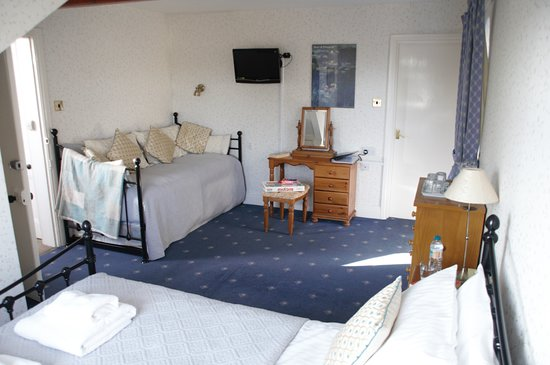 Haisthorpe House: Room 5, flexible room, seating, 1 or 2 single beds!