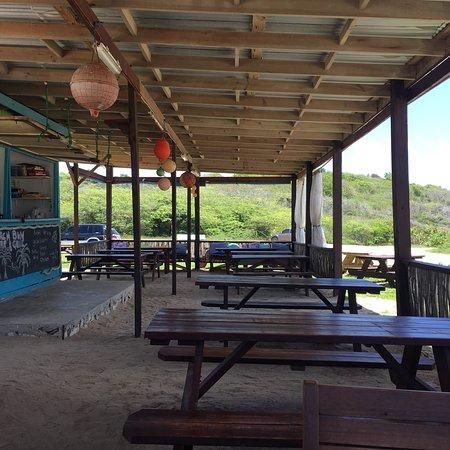 Beach Bum Bar and Grill: photo2.jpg