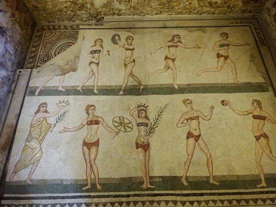 Villa Romana del Casale: scene di giochi di donne