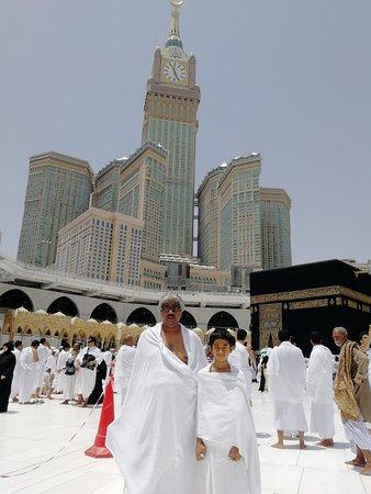 Grand Mosque : مكة المكرمة قبلة الدنيا والمسجد الحرام قبلة مكة المكرمة والكعبة المشرفة قلب المسجد الحرام