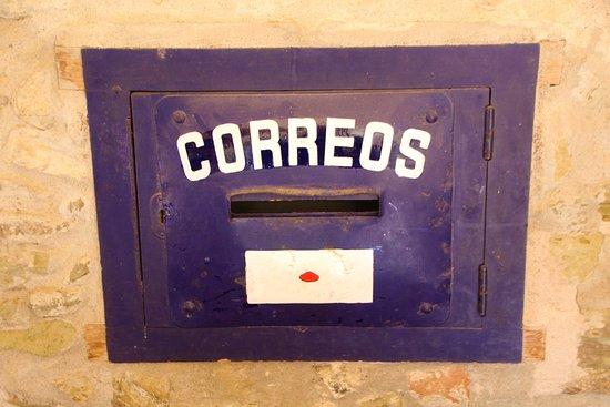 Monells, Spain: UN VIEJO RECUERDO