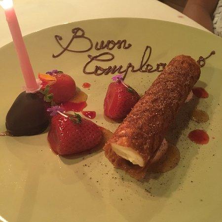 Siddi, Italie : Cena di compleanno eccellente...