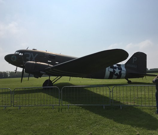 East Kirkby, UK: Douglas DC3 Dakota
