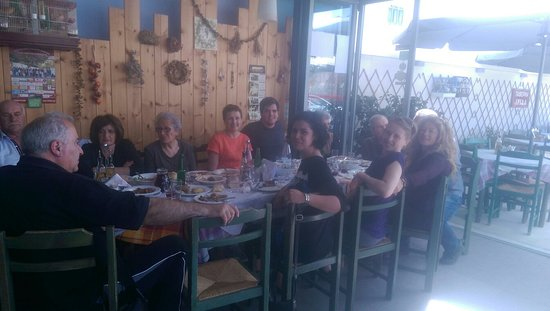 Kasteli, Greece: Εστιατόριο Ίριδα