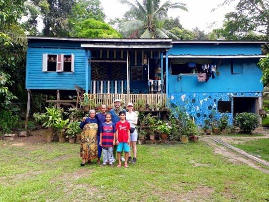 Sukau, Malaysia: The home(stay)