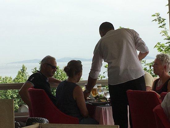 Aura Terrace Restaurant: Feel Free