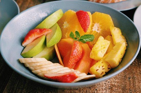 mischu coffee: Gourmet Fruit Salad