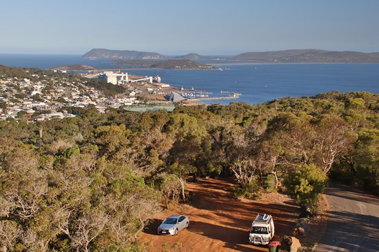 John Barnesby Memorial Lookout: View on the ocean