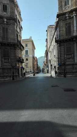 Via Maqueda