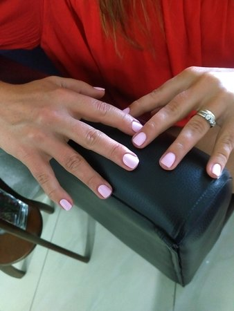 Massage Nails Beauty & Style Cgr照片