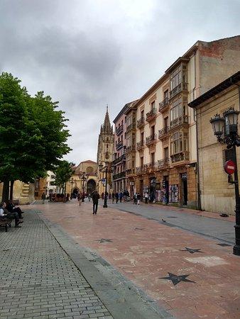 Catedral de San Salvador de Oviedo照片