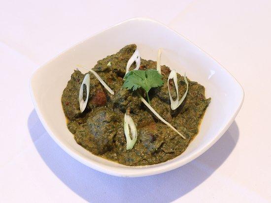 Rara Foods on  the Go: Saag Lamb